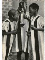 CPM   HAUTE VOLTA OU BURKINA FASO     OUAGADOUGOU      ENFANTS DE CHOEUR        ENCENSOIR - Burkina Faso