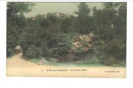 5 - VITRY LE FRANCOIS - Au Jardin Public - Vitry-le-François