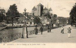 CPA - ANNECY (74) - Le Port Et Château Vus Du Jardin Public - Annecy