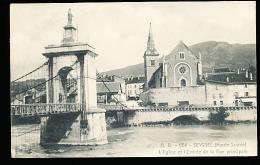 74 SEYSSEL / L'Eglise Et L'Entrée De La Rue Principale / - Seyssel