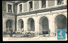 74 TALLOIRES / Préventorium De L'Abbaye De Valloires, Le Cloître / - Talloires