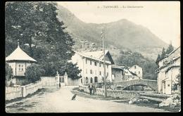 74 TANINGES / La Gendarmerie / - Taninges
