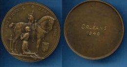 B184 Médaille Jeanne D ARC Orleans 1949 BR - Francia
