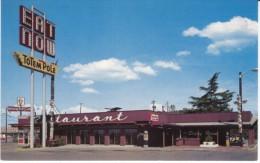 Vancouver WA Washington, Totem Pole Restaurant, Kentucky Fried Chicken Sign, C1970s Vintage Postcard - Vancouver