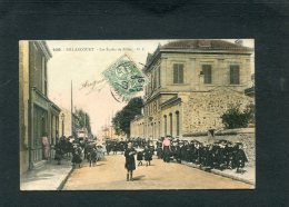 BOULOGNE BILLANCOURT  LES ECOLES DE FILLES  LA SORTIE    /  CIRC  OUI  1907 - Boulogne Billancourt