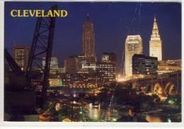 CLEVELAND, Ohio - bright city lights illuminate the nighttime skyline of this All-American City, Mischfrankatur