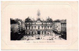CP, 69, LYON,  Place Des Terreaux Et Hôtel De Ville, Vierge - Lyon