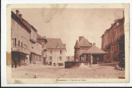 DONZENAC , PLACE DE LA HALLE - Frankreich