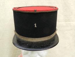 KEPI SERGENT 1� REGIMENT de CUIRASSIERS ann�es 1950