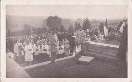 Carte Photo Militaire  Non Située  -  Cimetière , Enterrement , Sépulture  -  Officiers - Cementerios De Los Caídos De Guerra