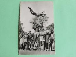 A.O.F - Danseurs Acrobatiques - Non Classés