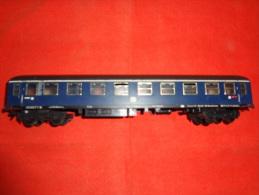 Train - Voiture De Voyageurs - Marque FLEISCHMANN - Made In  Western Germany - Scompartimento Viaggiatori