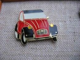 Pin's 2CV CITROEN De Couleur Rouge Et Noire - Citroën
