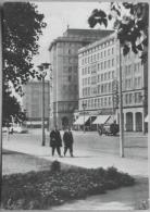 Magdeburg Wilhelm Pieck Allee Mit Krankenwagen - Magdeburg