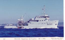 Bateau Marine  Militaire France  A 669 Pelican Repecheur De Torpilles  28-11-1975 Couleur   Marius Bar + Equipage - Guerre