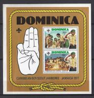 SCOUTS - DOMINICA 1977 - Yvert #H44 - MNH ** - Movimiento Scout