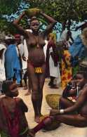 Afrique : Femme De Matakam, Seins Nus, Collection Hoa-Qui N°1236, Non Voyagée, Vendue En L´état. - Afrique Du Sud, Est, Ouest