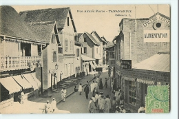TANANARIVE - Rue Amiral Pierre Animée - Epicerie Centrale - Edition G.L.  - 2 Scans - Madagascar
