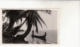 Sur La Lagune Pirogues  Animée  CPSM - Dahomey
