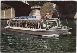 Bateau Mouche L'ESCAUT - CPM - Bateau/ship/schiff - Barche