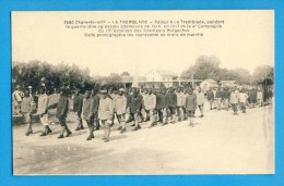 CP, 17, LATREMBLADE, Séjour Pendant La Guerrre...Cette Photographie Les Représente En Ordre De Marche, TRES RARE - La Tremblade