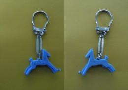 Porte-clé Ancien - POULAIN - Porte-clefs