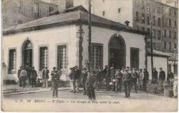 Brest - 2ème Dépôt - Un Groupe De Bleus Avant La Soupe - Brest