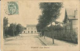 10-piney-la Gare  (extérieure)rare - Non Classés