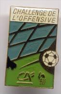 Pin´s Crédit Agricole - Challenge De L'offensive, Football - Football