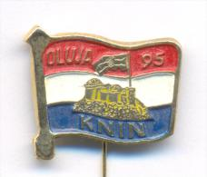 POLITICAL / MILITARI ACTION FLASH 95 - OLUJA 95 , Rare Pin Badge Issued Immediately After Action Ended. - Pin-ups