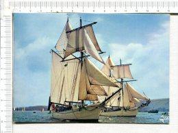 Goëlettes De La Marine Nationale  -  L ETOILE Et La BELLE POULE - Sailing Vessels