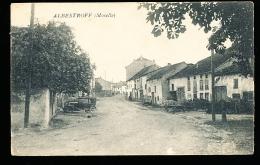 57  ALBESTROFF   /  Une Rue / - Albestroff