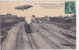 21972 Maisons Alfort France, Dirigeable Liberté Au Dessus De La Gare -28 EM , Train Vapeur - Dirigeables