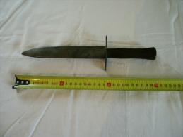 Couteau De Tranchée VENGEUR DE 70 Fabrication ASTIER PRODON THIERS WWI POILU - Armes Blanches