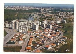 Juran�on (64) : Vue g�n�rale a�rienne au niveau des nouveaux lotissements en construction en 1986 (anim�).