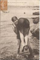 CARTE POSTALE PHOTO ORIGINALE ANCIENNE : JEUNES FEMMES PIN UP SEXY ET EROTIC ; TU L´AURAS LA FESSEE SI TU N´ES PAS SAGE - Pin-Ups