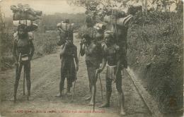 Viêt-Nam - Lang-Bian - Moïs Se Rendant à La Côte Avec Des Objets D´Echange -CPA  N° 195 - CPA (voir 2 Scans) - Viêt-Nam