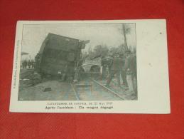 KONTICH  -   Catastrophe  de Contich -  Apr�s l�accident : un wagon d�gag�  -  1908