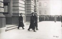 CARTE PHOTO : BERNE EVENEMENT POLITIQUE LA DELEGATION FRANCAISE CONSUL OU AMBASSADEUR MINISTRE SUISSE 1/1/1918 - Personnages