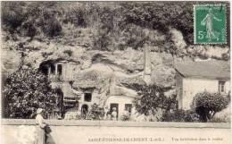 SAINT ETIENNE DE CHIGNY - Une Habitation Dans Le Rocher (61190) - Other Municipalities