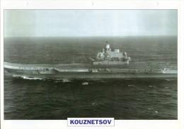 FICHE 25 X 18.5 CM PORTE-AVIONS LOURD UNION SOVIETIQUE KOUZNETSOV 1985 TBE - Boats