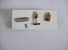 PIN´S -  CACAHAREL    - Lot De 3 Pin´s - Voir Photo (5) - Parfum