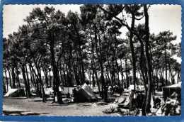 17 ILE D' OLERON SAINT DENIS LE CAMPING ANIMEE VIEILLE TRACTION CARTE PHOTO DENTELEE - Ile D'Oléron