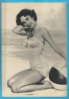 C.P.M. Elizabeth TAYLOR - Entertainers