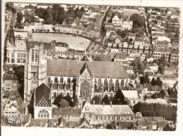 SENS -  ( Yonne ) La Cathédrale  ( 2 Scans ) - Sens