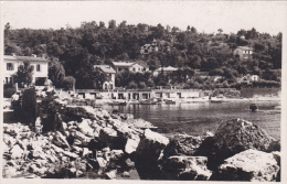 Carte  TYPE PHOTO   Ancienne,83,VAR,LE LAVANDOU,EN 1950,PORT,NOUVELLES HABITATIONS,LES VILLAS,PHOTO PISSOT - Le Lavandou