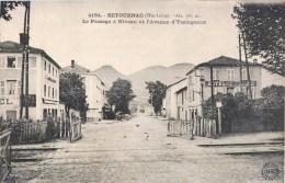 RETOURNAC PASSAGE A NIVEAU ET AVENUE D'YSSINGEAUX 43 HAUTE-LOIRE - Retournac