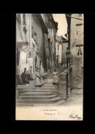 01 - TREVOUX - La Rue Casse-Cou - Trévoux