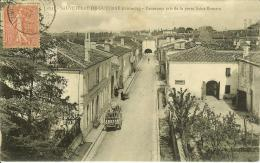 CPA  SAUVETERRE DE GUYENNE, Panorama Pris De La Porte Saint Tomain  8759 - Francia