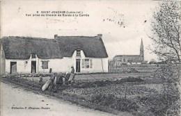SAINT-JOACHIM VUE PRISE DU CHEMIN DE RONDE A LA CARREE AGRICULTEUR LABOURAGE 44 - Saint-Joachim